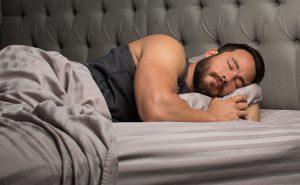 slaap bodybuilder