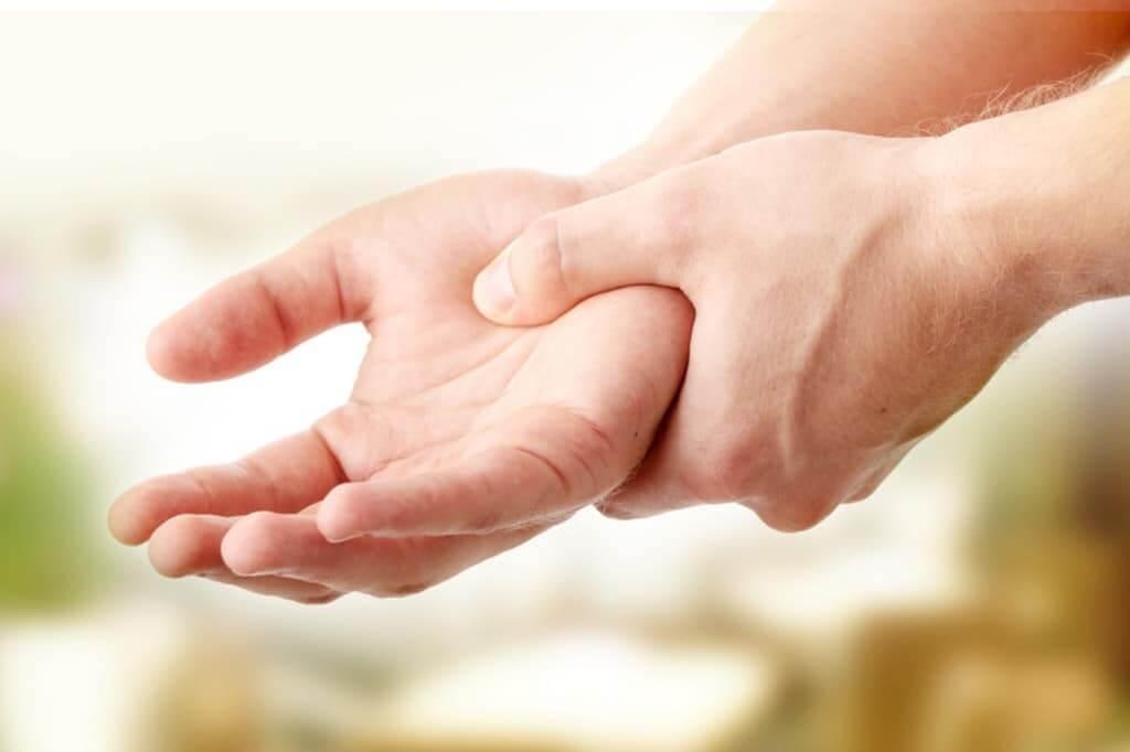tremor trillende handen